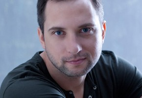 "Emmy Winner Brandon Heath Premiered ""Jesus In Disguise"" on VEVO"