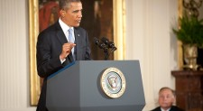 Obama Pursues Syria Diplomacy, Fallback Airstrikes