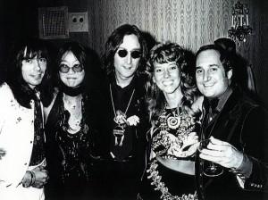 (Left to right) Nigel Olsson, May Pang, John Lennon, Jozy, Neil Sedaka