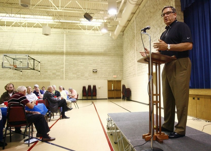Tulsa football coach Bill Blankenship shares his Christian faith in speaking engagements.