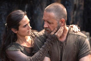 Noah's wife Naameh (Jennifer Connelly)  and Noah (Russell Crowe)  (Photo: Paramount Pictures)